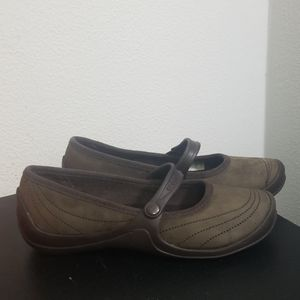 Crocs size 5 slip on